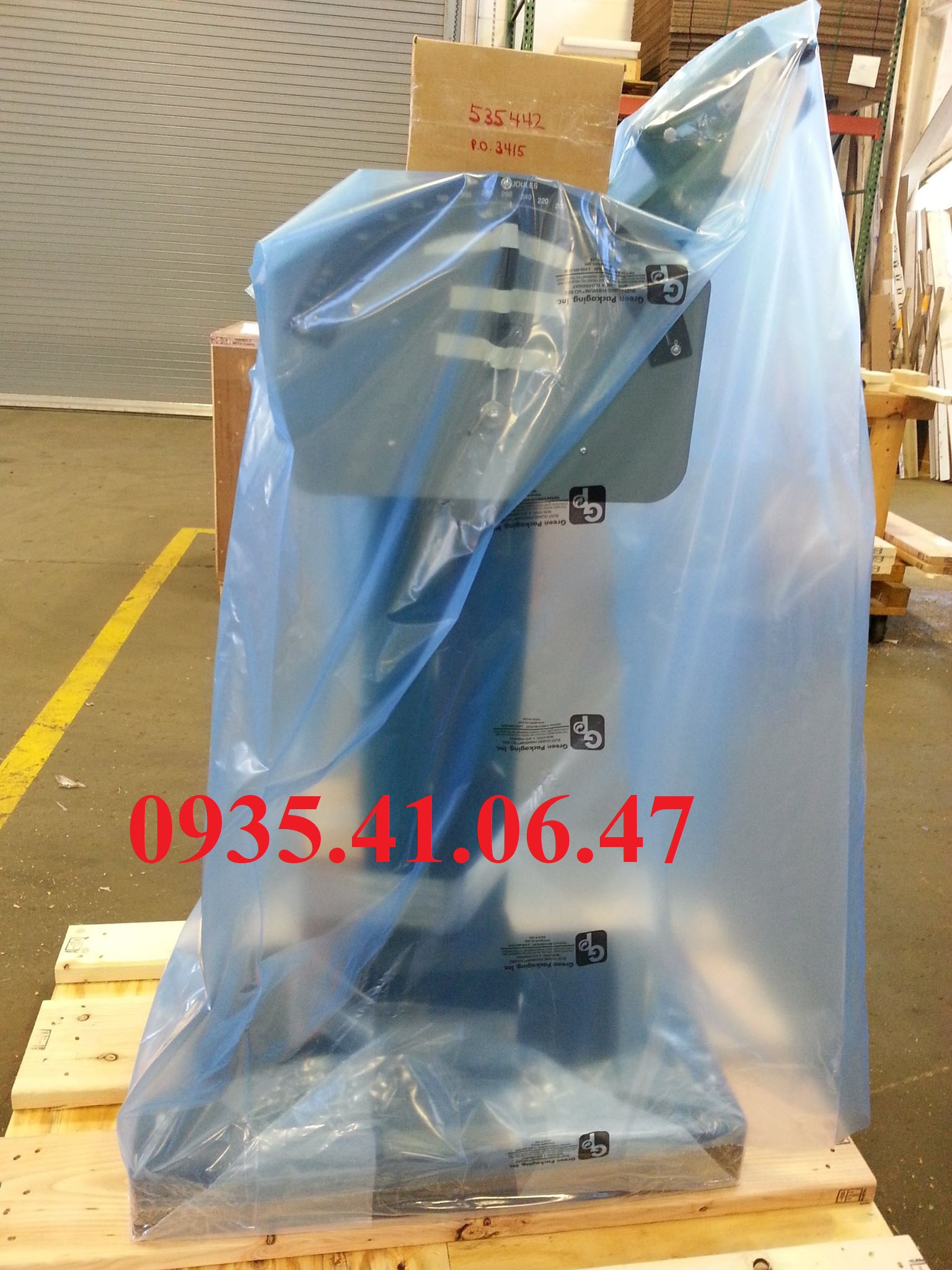 Bàn Giao Máy Đo Độ Bền Va Đập Kim Loại Theo Phương Pháp Charpy ASTM E23